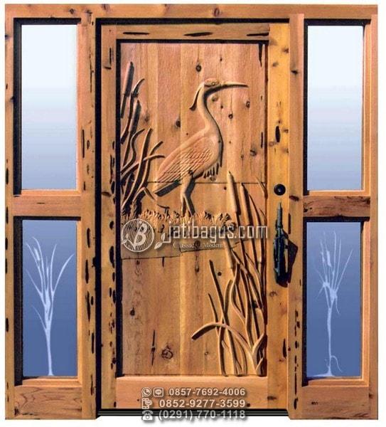 Pintu Ukir Motif Hewan Unik