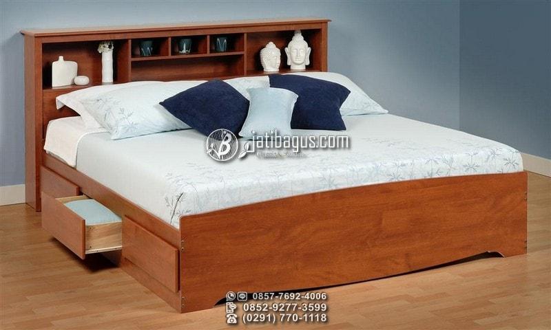 Tempat Tidur Minimalis Kepala Serbaguna