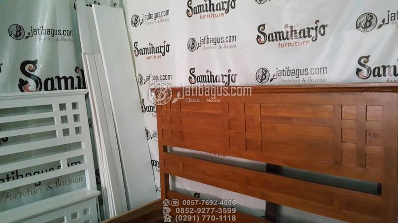 Jual Tempat tidur minimalis klasik kayu mahoni & jati Murah